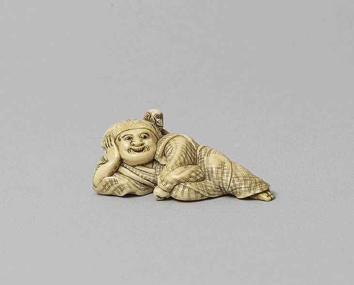 Yoshinaga Reclining Sarumawashi Netsuke MR289