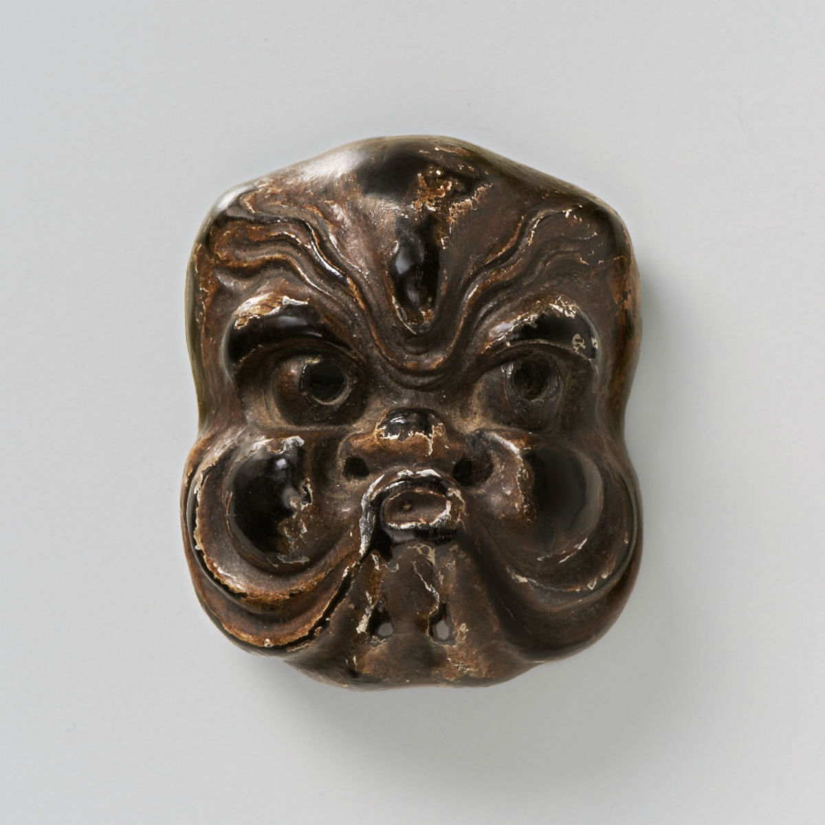 Lacquered wood-Mask Netsuke-Octopus-mr2393