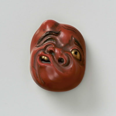 Lacquered wood mask netsuke-Usobuki-mr2390