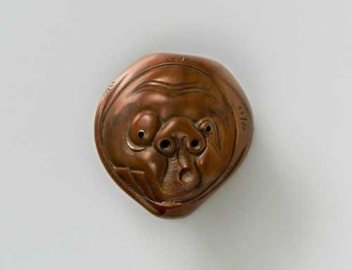 Walnut-Wood Mask Netsuke of Usobuki