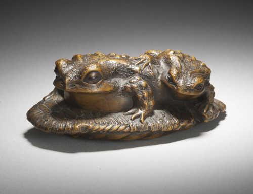 Masanao of Yamada | Wood Okimono of Frogs