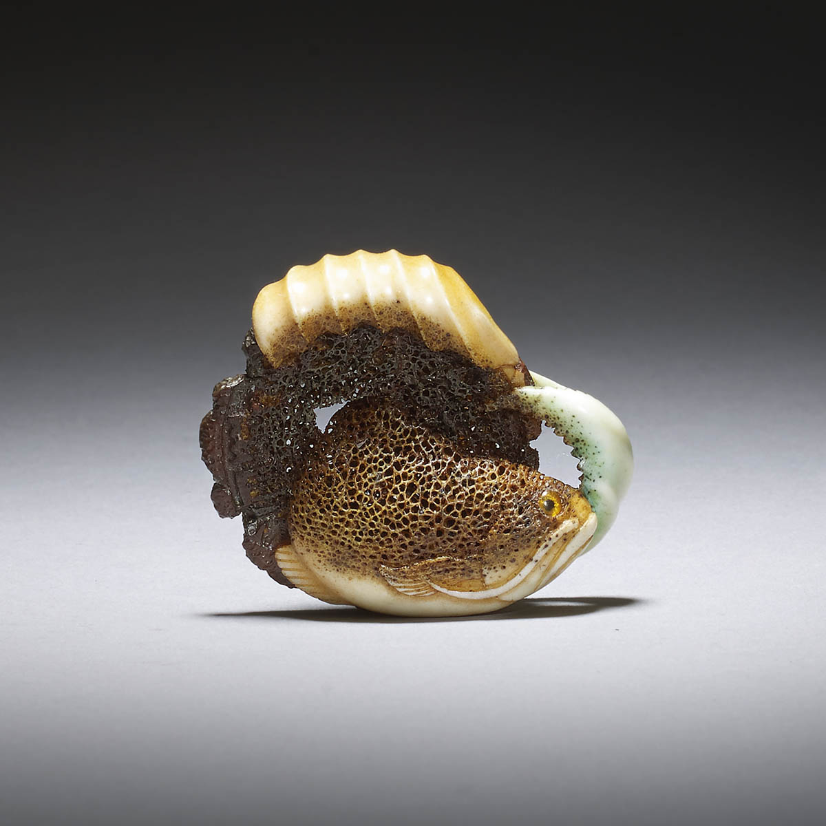 uy Shaw, Stag antler netsuke of a fish in lucite case