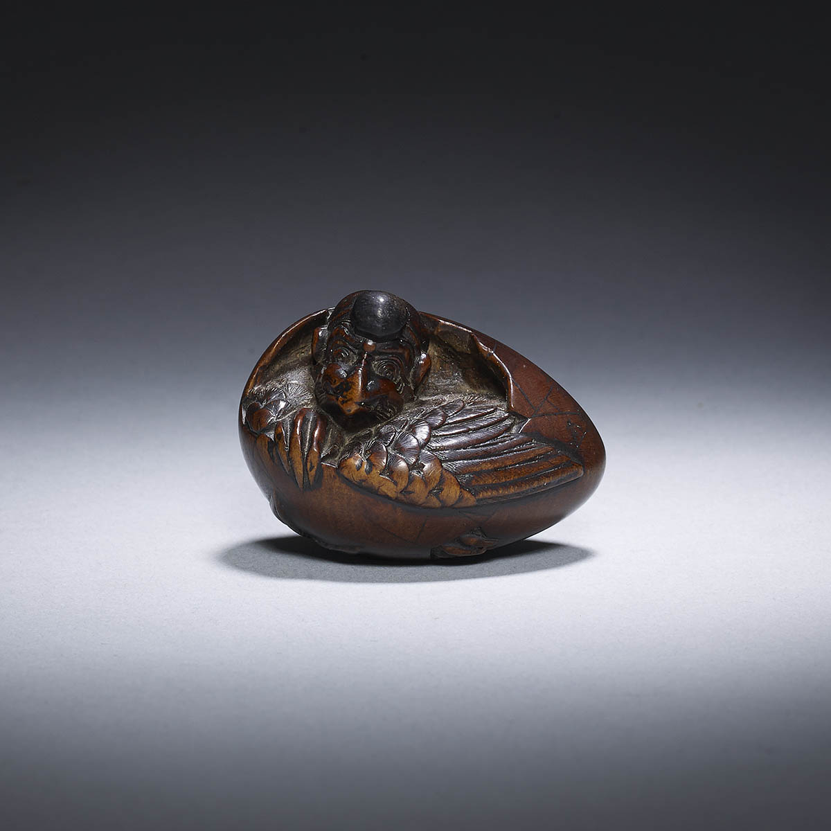 Hara Shumin, wood netsuke of Tengu no Tamago