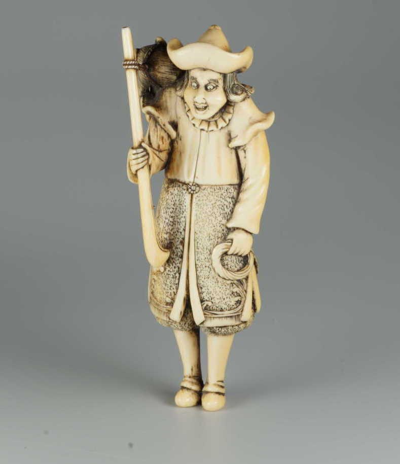 Ivory netsuke of a dutchman