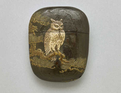 1 case wood inro with pottery owl