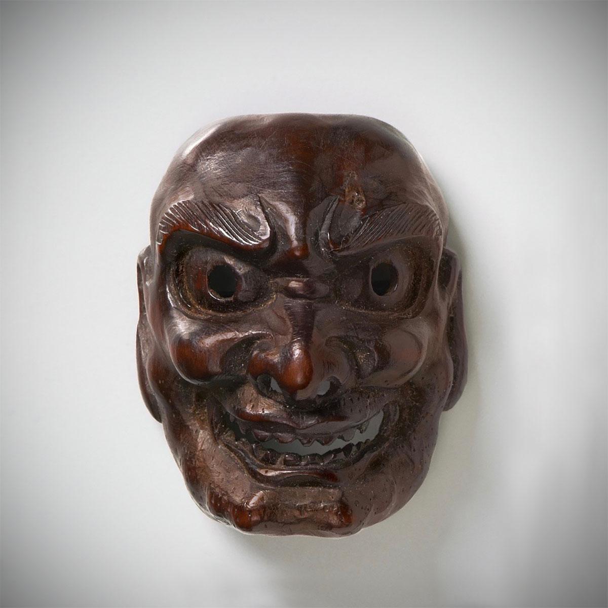 Dark wood mask netsuke of Shishiguchi_MR2310-2