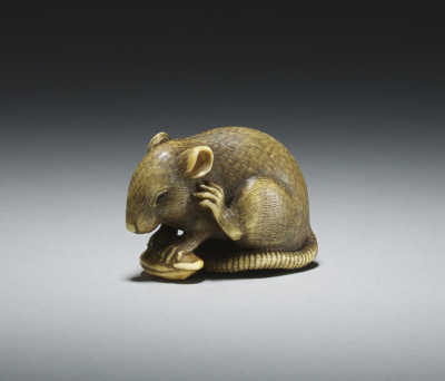Okatomo, ivory netsuke of a rat
