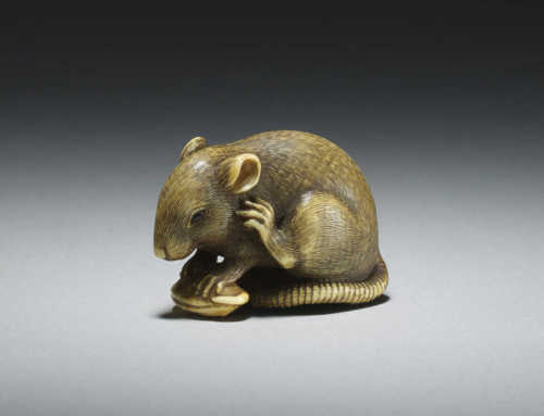 Exceptional ivory netsuke of a rat