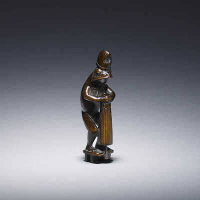 Risuke Garaku, Wood netsuke of Ono no Tōfu as a frog