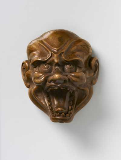 Somin, Boxwood mask netsuke of Shishiguchi,