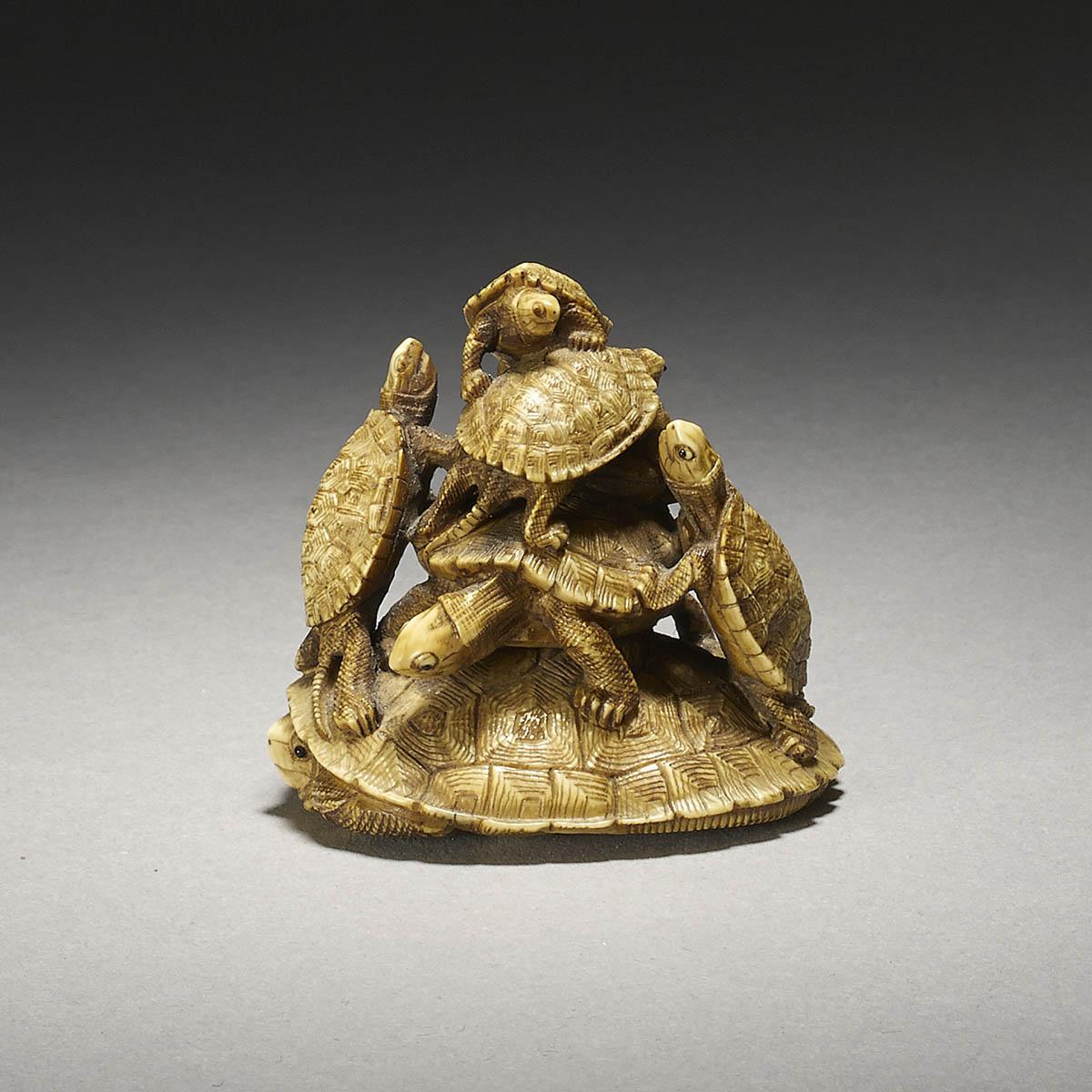 Tadakazu (Chuichi), Ivory netsuke of turtles