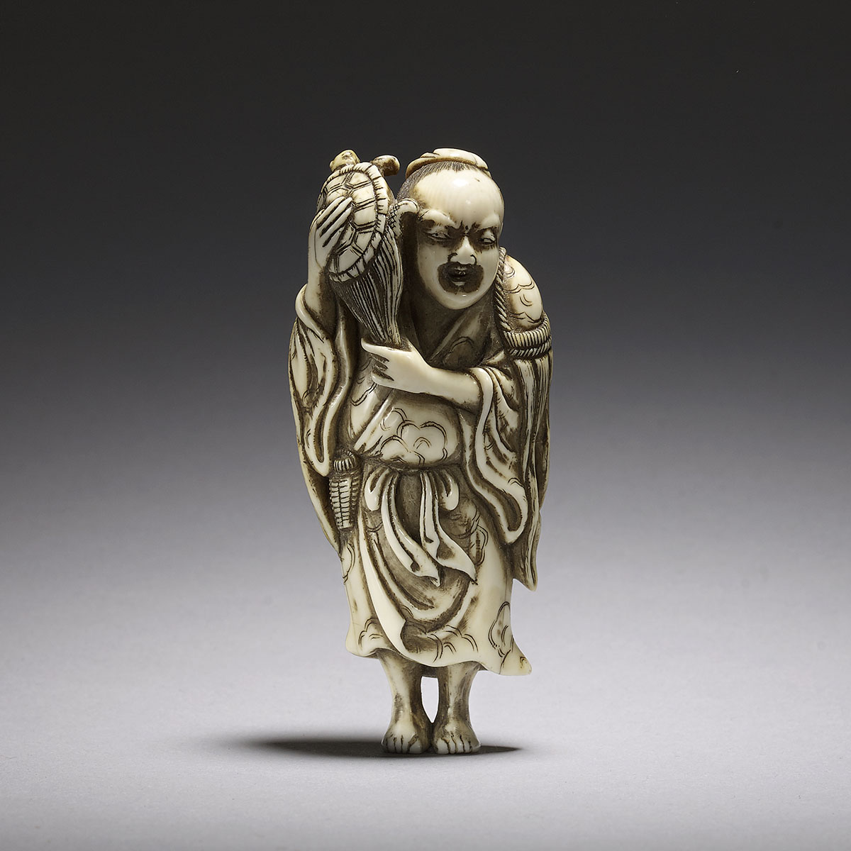 Mitsuyoshi, ivory netsuke of a Gama Sennin