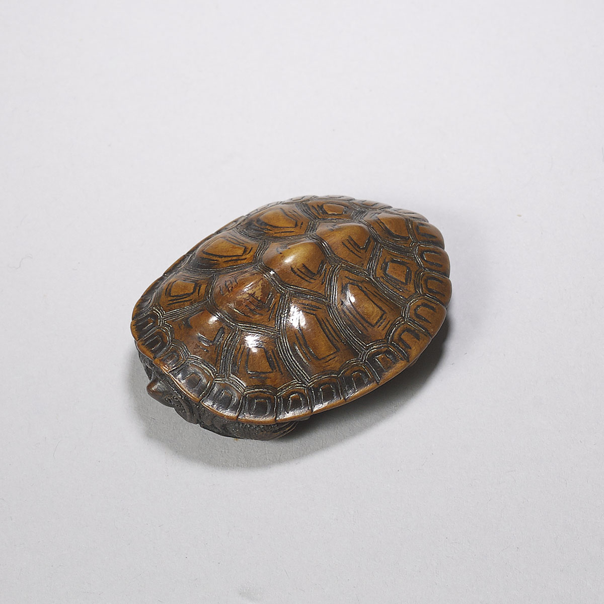Tomokazu, wood netsuke of a turtle
