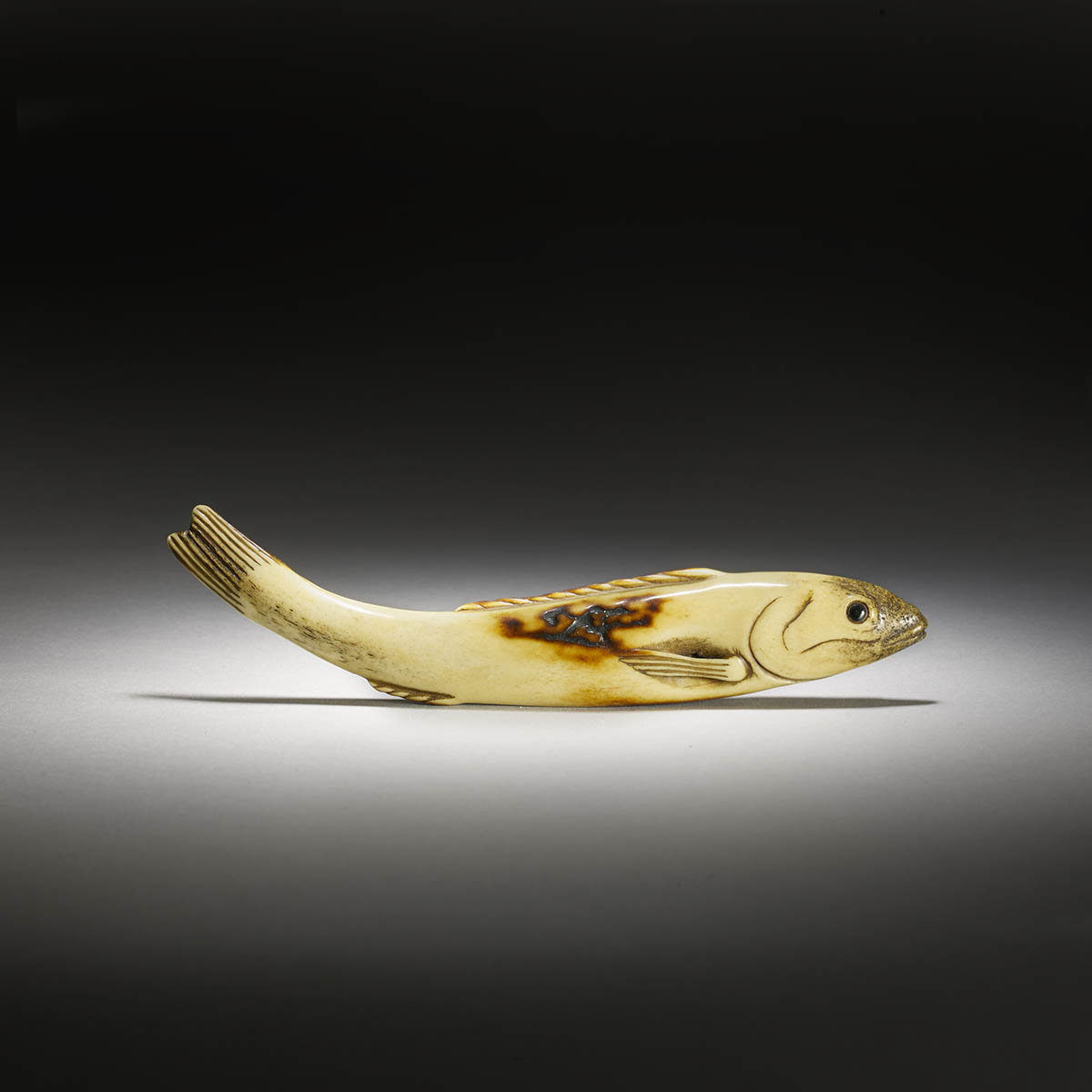 Stag antler sashi netsuke of a fish
