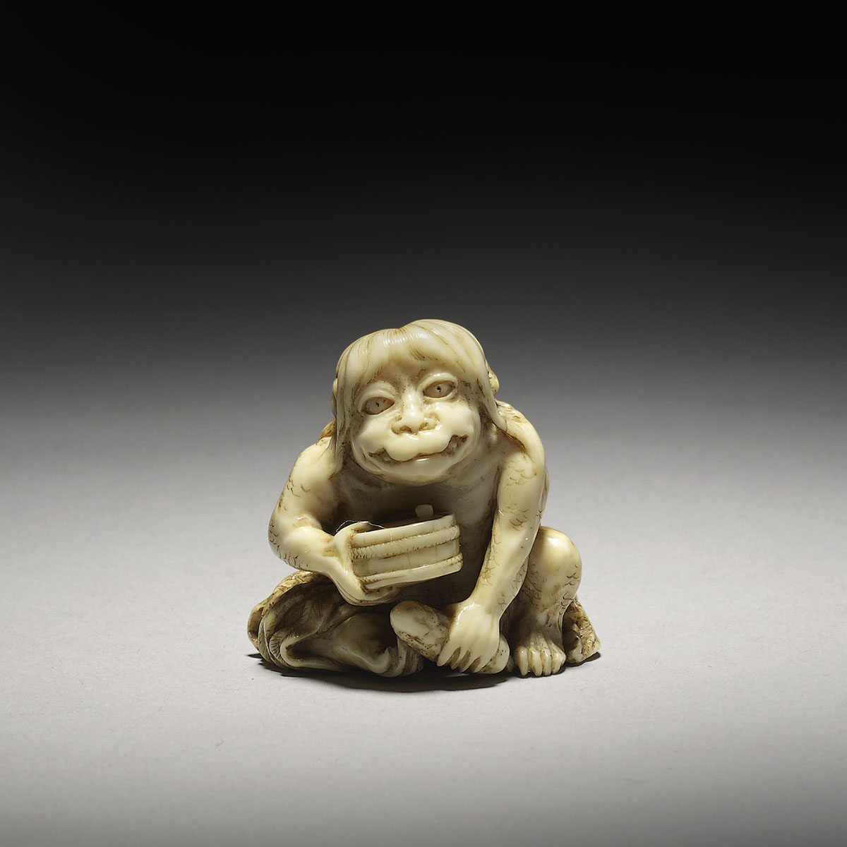 Ivory netsuke of a seated Kappa, Ikkosai, MR3121_v1