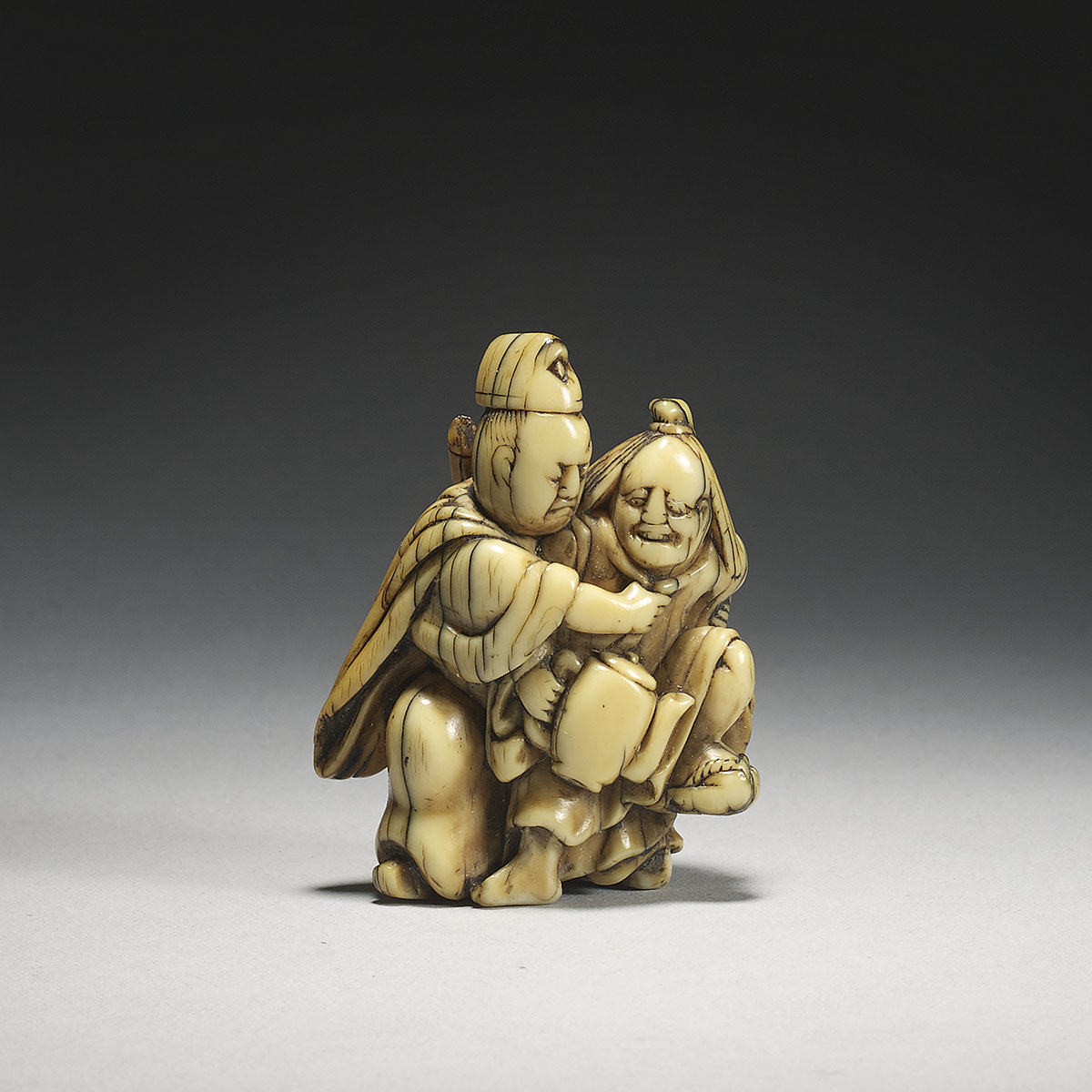 Old ivory netsuke of Tadamori and the oil thief,MR3098_v1