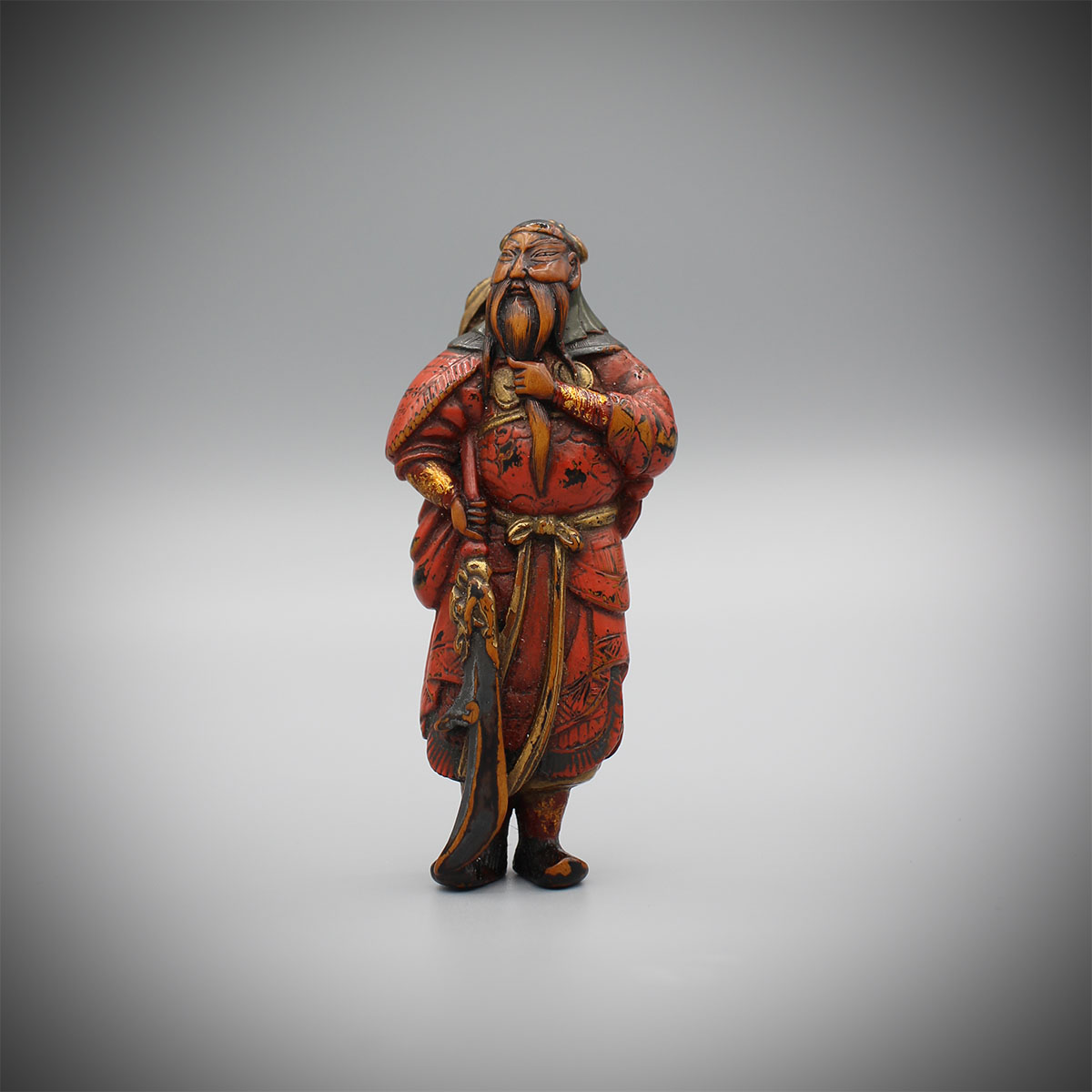 Large lacquered netsuke of standing Kan'u , MR3160_v1