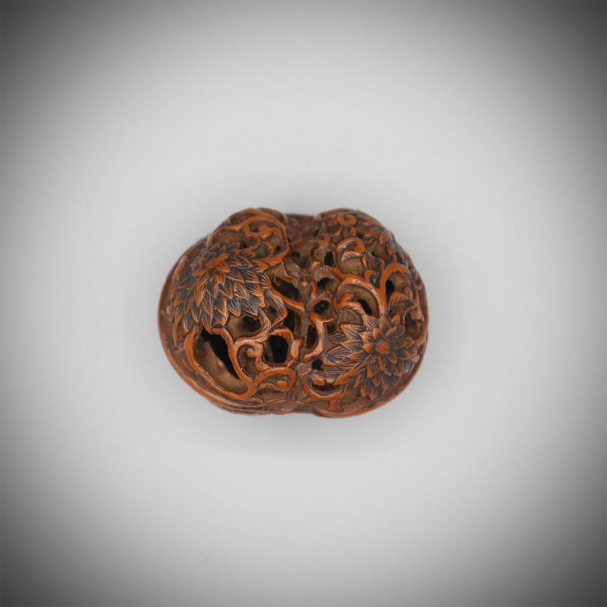 Walnut netsuke carved with chrysanthemums, Shugetsu, MR3155_v1