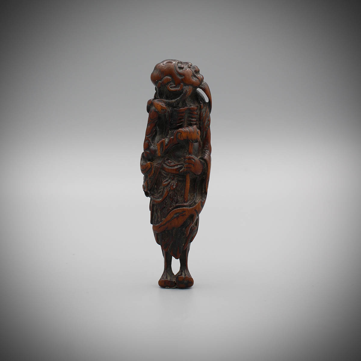 Wood netsuke of Tekkai Sennin, MR3165_v1