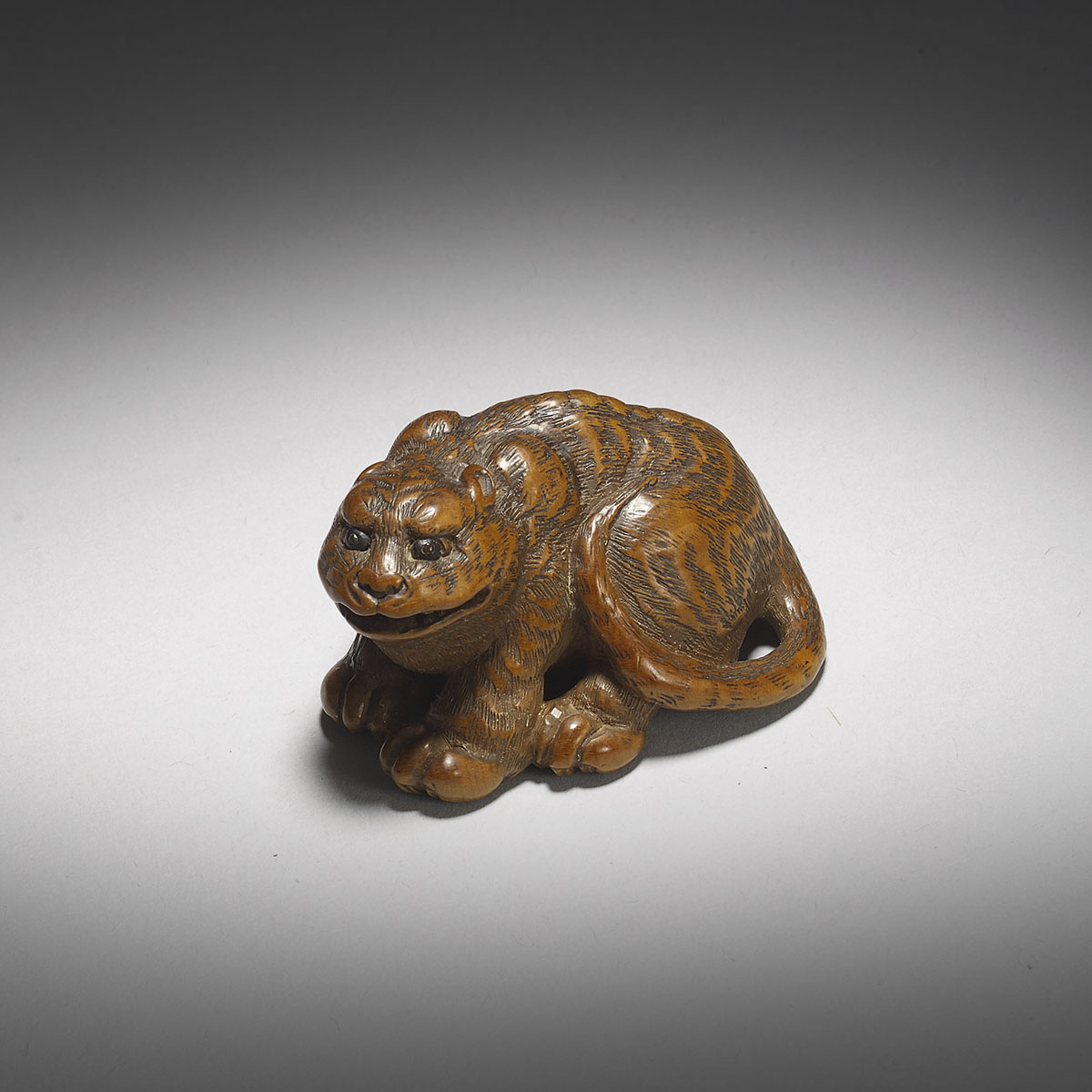 Wood netsuke of a tiger, in the style of Minko_MR3032_v1