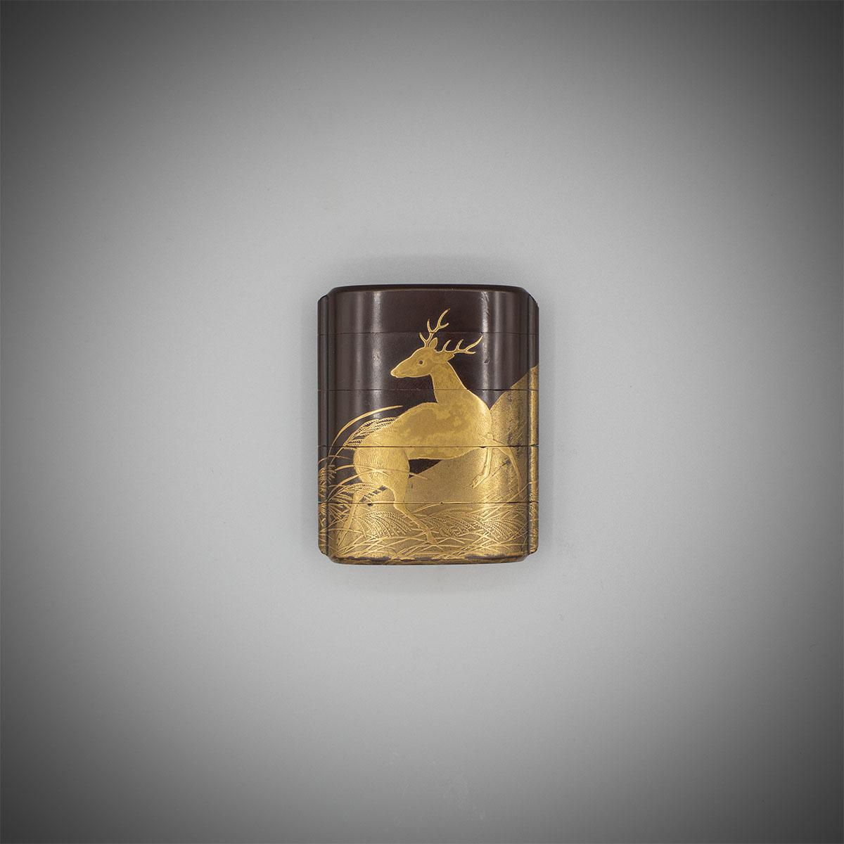 4 case brown lacquer inro with a stag by Shiomi Masanari, MR3159_v1