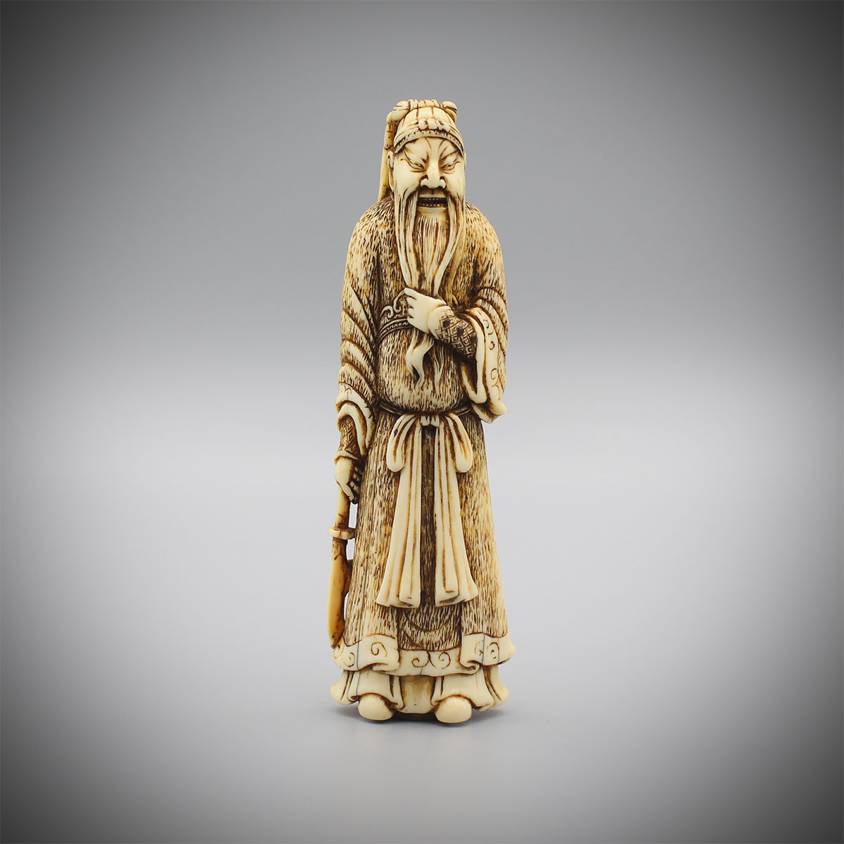 Ivory netsuke of Kan'u, MR3224_v1