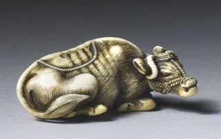 Masanao of Kyoto, ivory netsuke of a recumbent ox cow_MR2180_v1-2