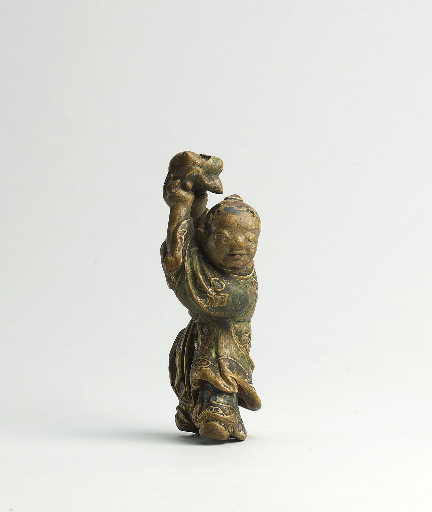 Saishiki wood netsuke of a Chinese boy with peach in the Manner of Yoshimura Shuzan, MR2412_v1