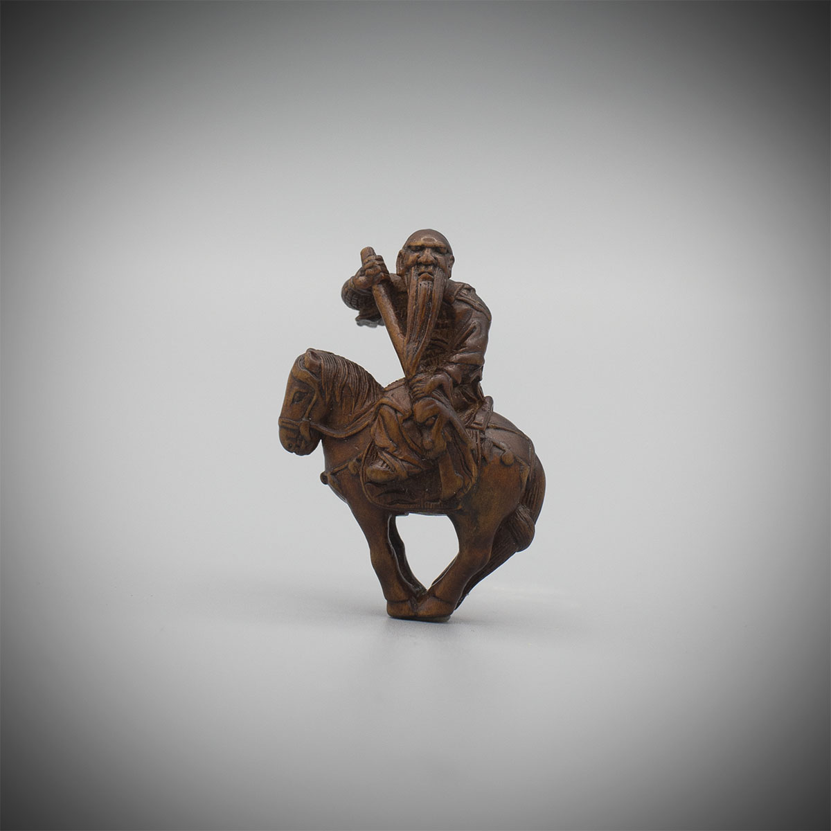 Small wood netsuke of Kan'u (or Kanshin), MR2141_v1