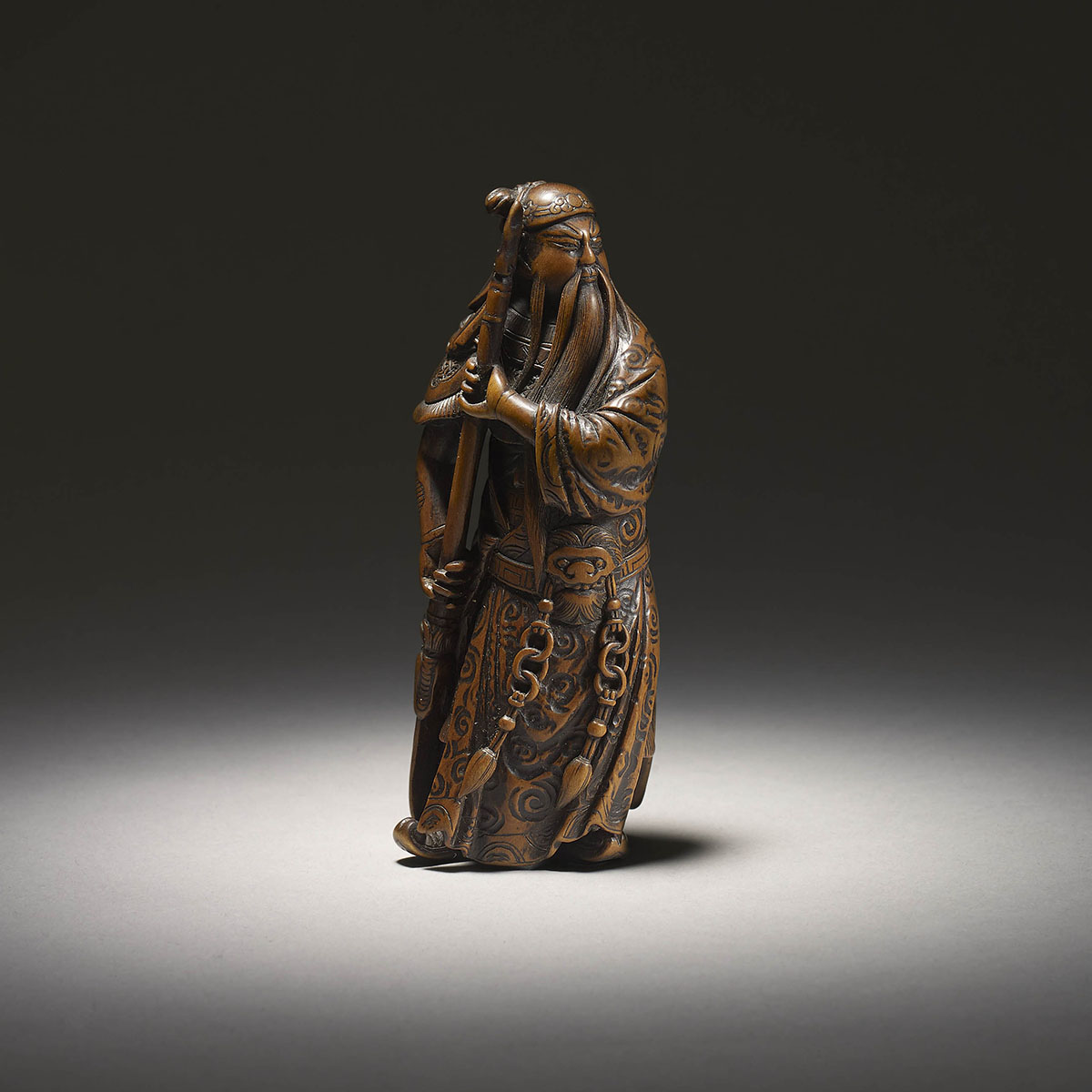 Large wood netsuke of standing Kan'u by Minkoku I, MR3162_v1-2