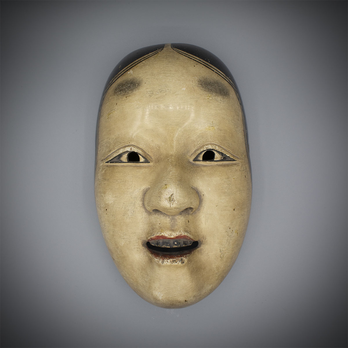 Noh mask of Omi-Onna by Miyata Chikugo, MR3249_v1
