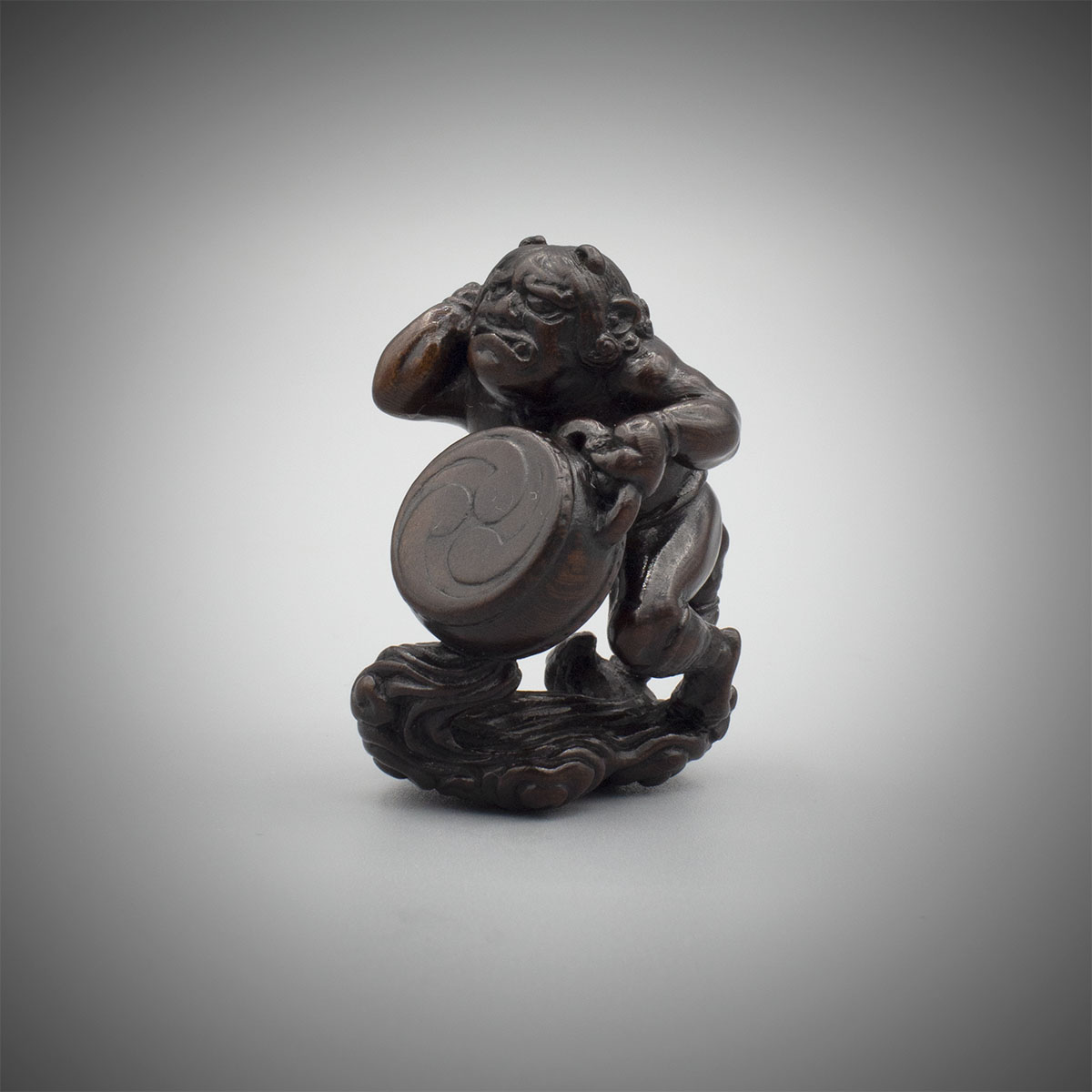Plum wood netsuke of Raiden and Raitaro, MR3239_v1