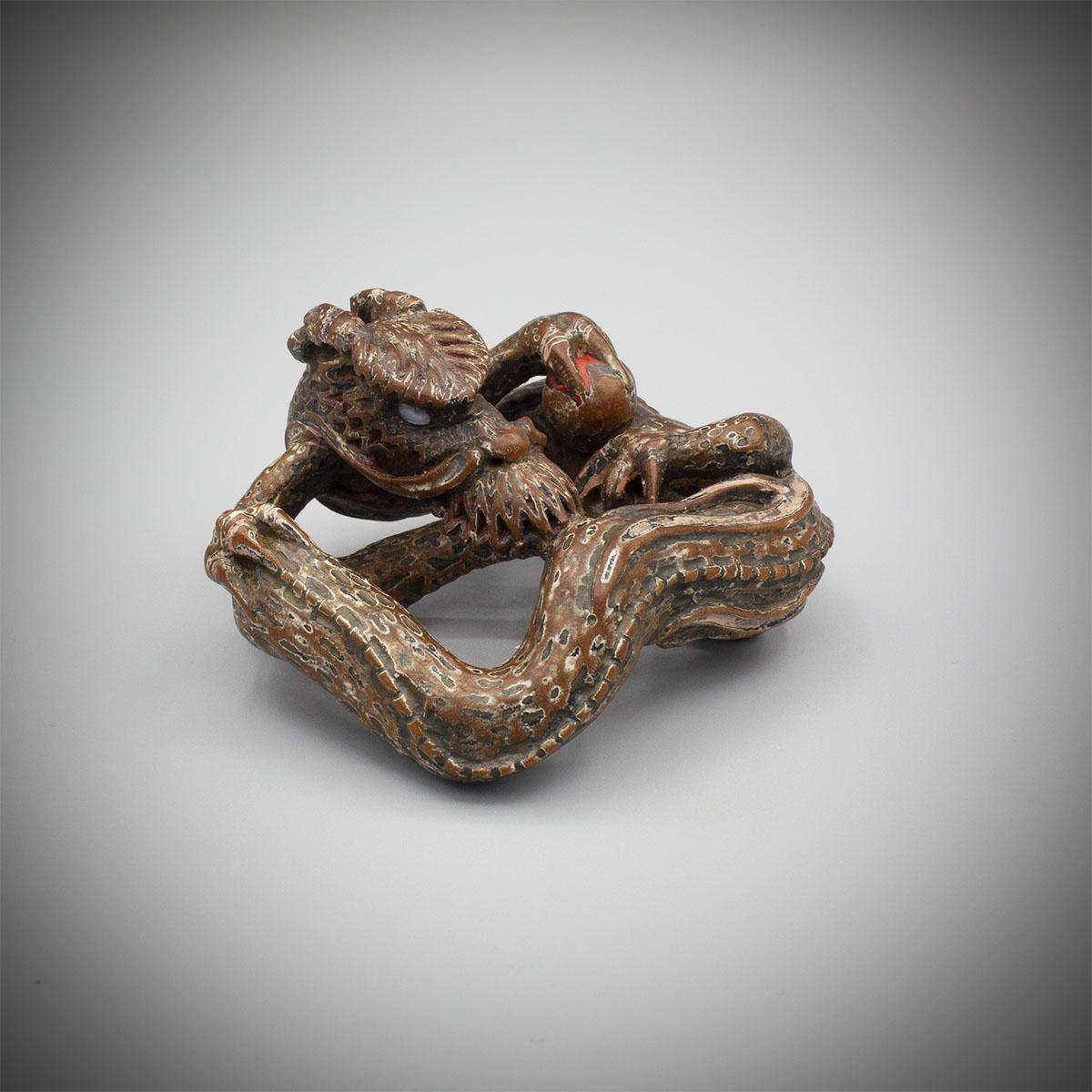 Saishiki Wood Netsuke of a Three-Clawed Dragon in the Manner of Yoshimura Shuzan, MR3326_v1
