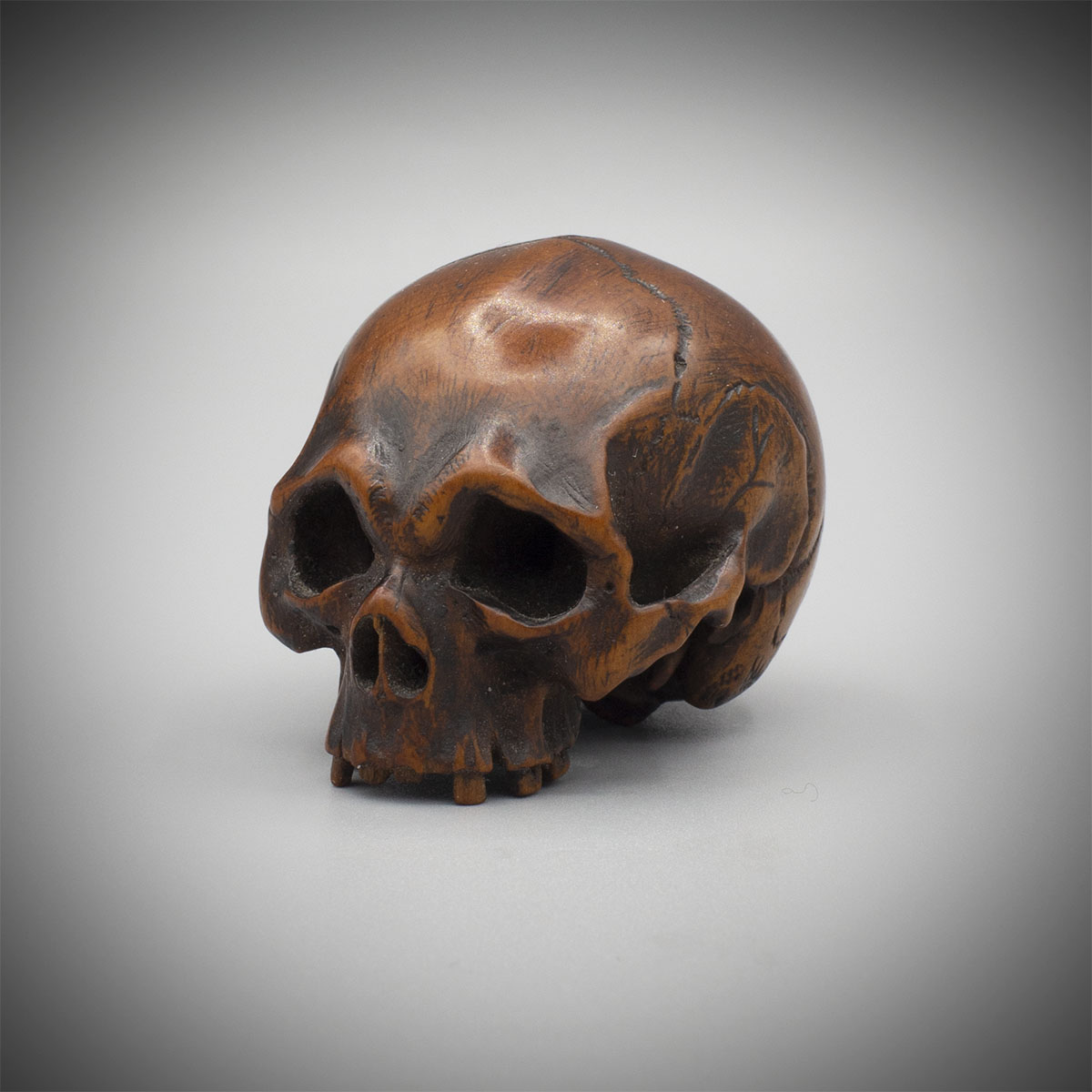 Wood Netsuke of a Skull, MR3325_v1-2