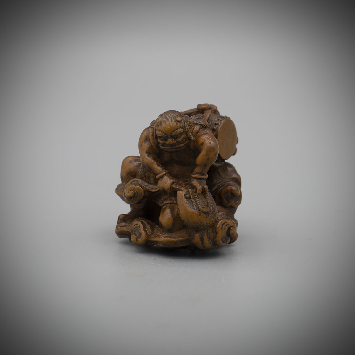 Pale Boxwood Netsuke of Futen by Kano Tomokazu,MR3372_v1