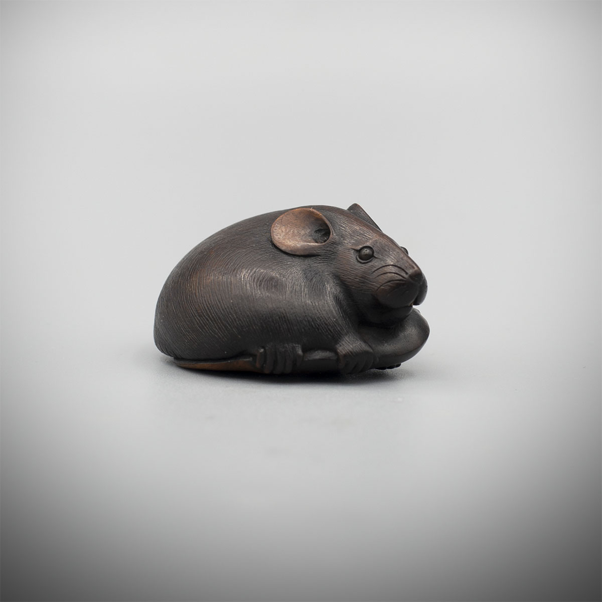 Wood Netsuke of a Rat by Futatomo, MR3368_v1