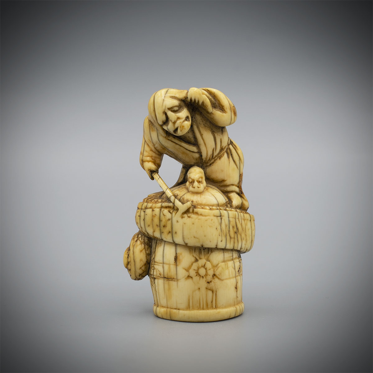 Early Netsuke of Kiyohime,MR3352_v1