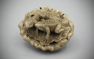 Stag Antler Netsuke of Frogs MR2134_v1