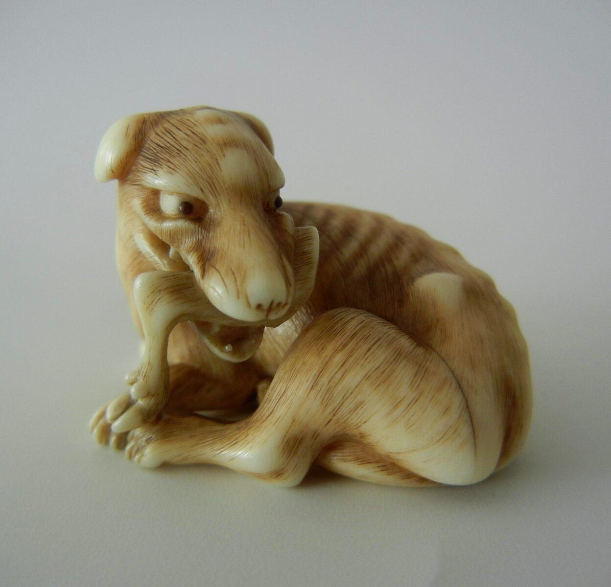 Rantei Greyhound netsuke