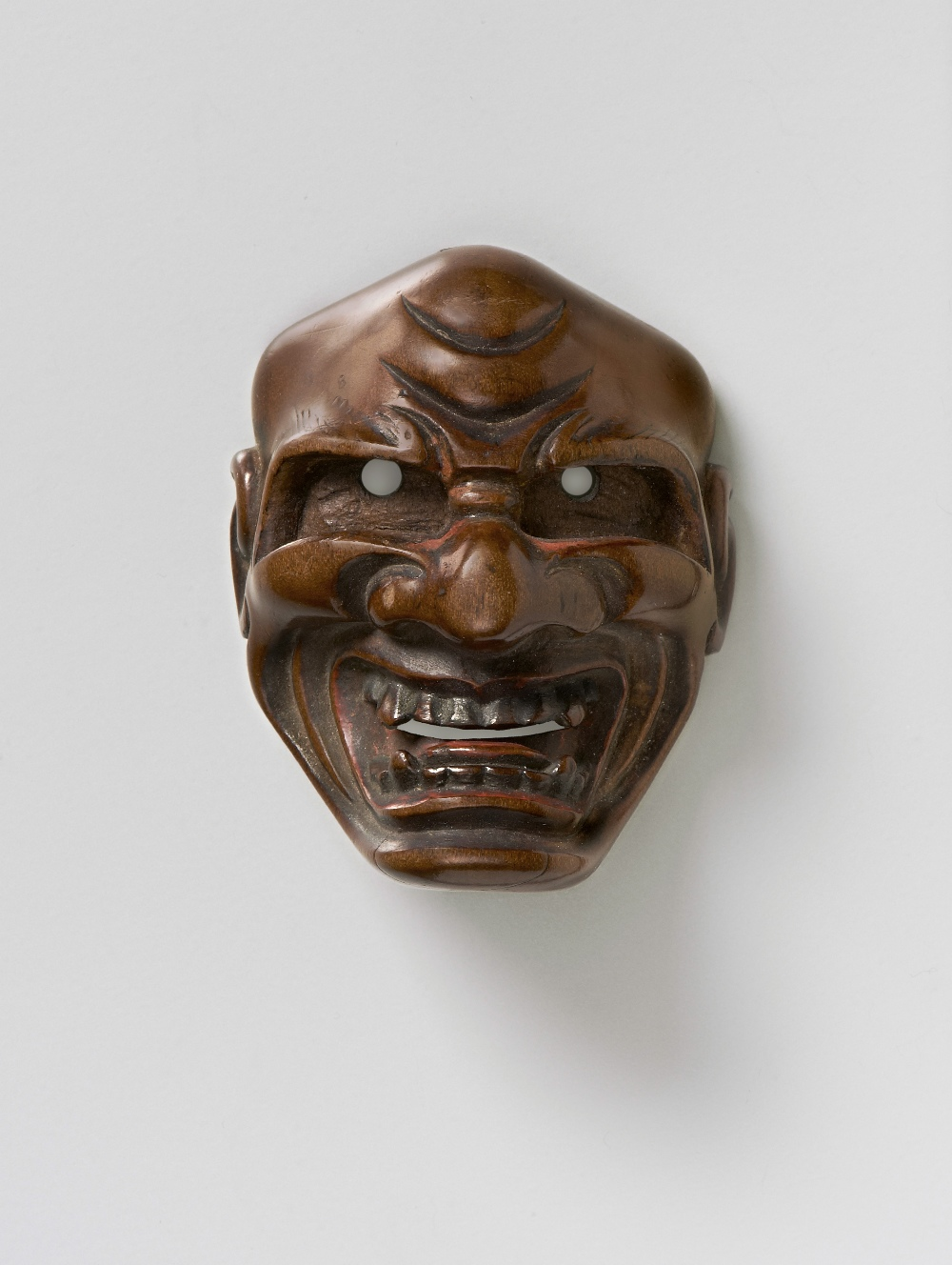 MR2390 boxwood mask netsuke of Shishiguchi