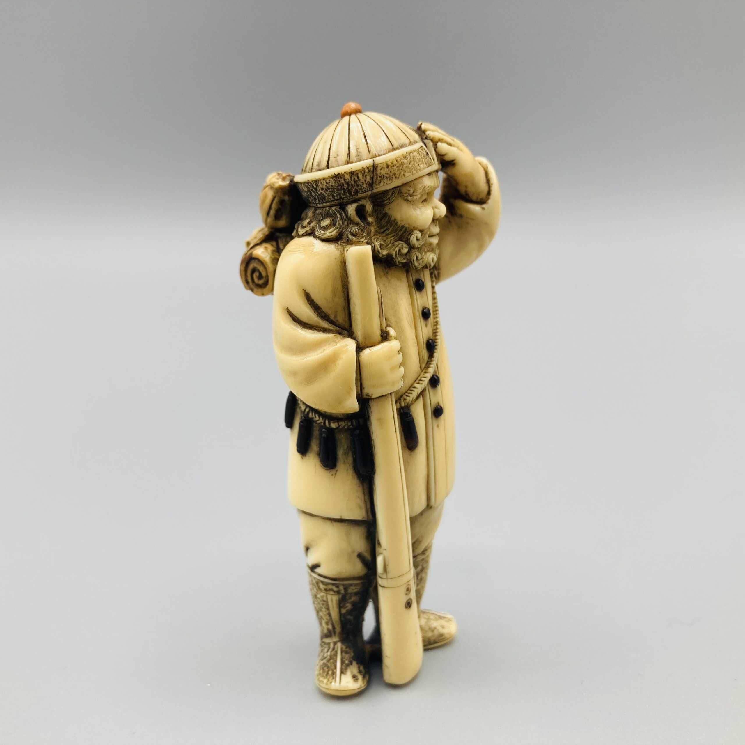 Chokusai ivory netsuke of FM Pinto 2