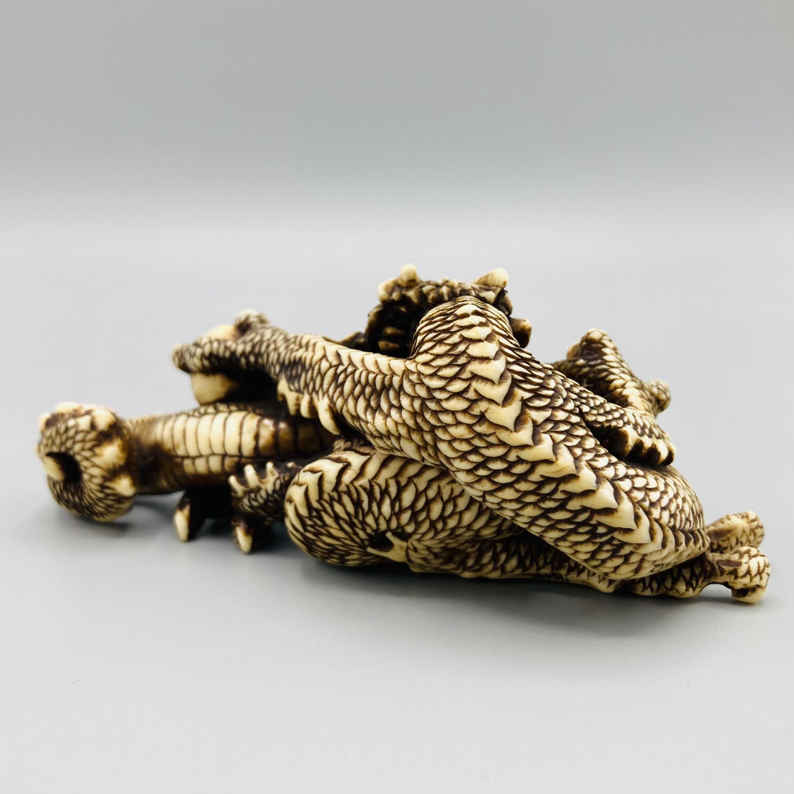 Ivory dragon okimono 3